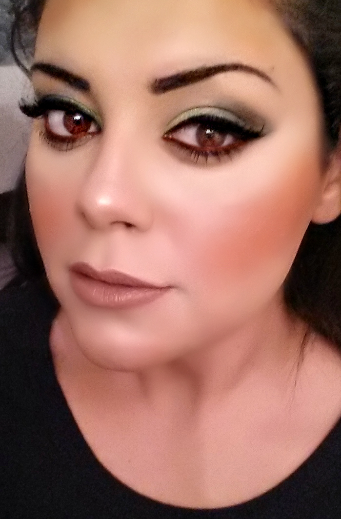 too faced smokey eye palette